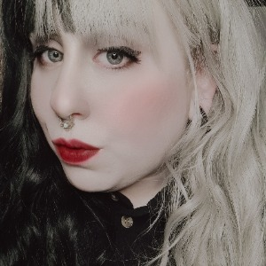 Miss Tessa Divine